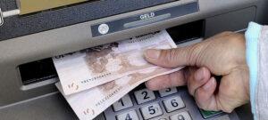 afbeelding ATM, omdat dit verhaal zich afspeelt op een bank in verandering